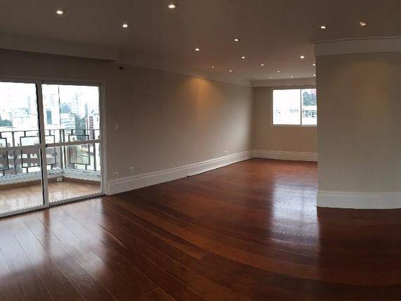 Lindo apartamento á venda no Morumbi