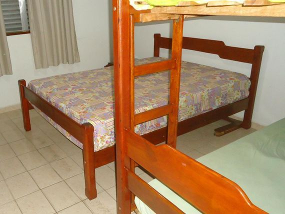"<span itemprop=""addressLocality"">Guarujá</span> Pitangueiras - 75 Metros de Área Útil - 02 Dormitórios (01Suíte) - 01 Vaga de Garagem"