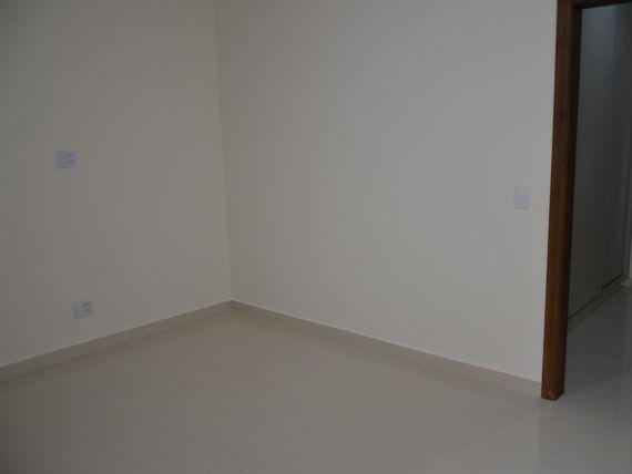"Casa com 3 dormitórios à venda, 335 m² por <span itemscope="""" itemtype=""http://schema.org/TradeAction""><span itemprop=""price"">R$ 1.100.000</span></span>- Condomínio Vilage La Montagne - <span itemprop=""addressLocality"">São José do Rio Preto</span>/SP"