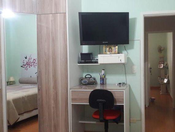 lindo sobrdo, com 2 dormitorios e 2 vagas, aceita permuta por uma  apartamento