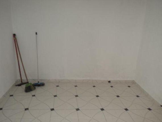 """Casa em <span itemprop=""""addressLocality"""">Cotia</span> pra Locação 2,5 Km do Centro de Cotia"""