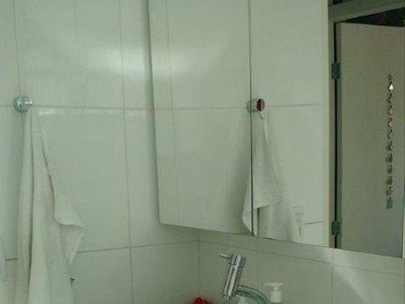 Lindo apartamento todo reformado na França Pinto a poucos metros do Parque Ibirapuera