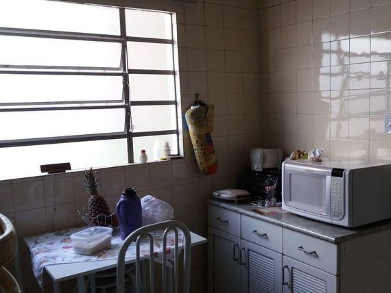 """Casa com 2 dormitórios à venda, 65 m² por <span itemscope="""""""" itemtype=""""http://schema.org/TradeAction""""><span itemprop=""""price"""">R$ 240.000</span></span>- <span itemprop=""""addressLocality"""">Jardim Oriente</span> - São José dos Campos/SP"""