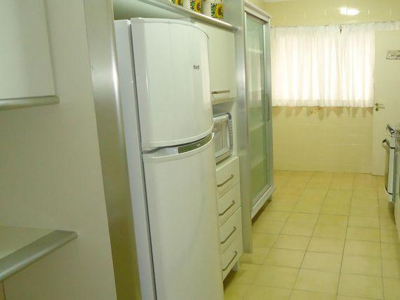 "<span itemprop=""addressLocality"">Guarujá</span> Pitangueiras - 200 Metros de Área Útil - 03 Suítes - 02 Vagas de Garagem - Lazer"
