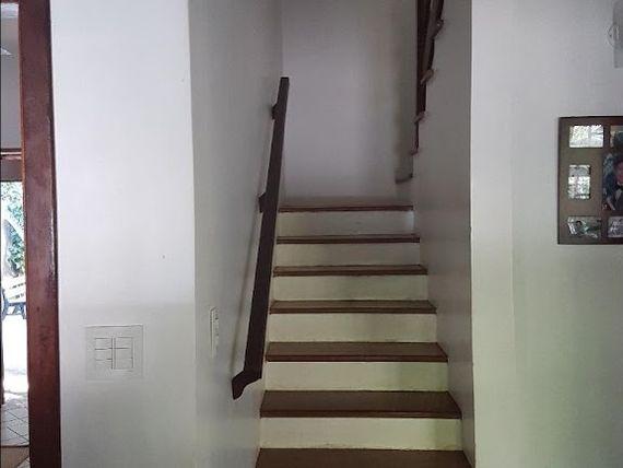 """Casa com 3 dormitórios à venda, 350 m² por <span itemscope="""""""" itemtype=""""http://schema.org/TradeAction""""><span itemprop=""""price"""">R$ 649.990</span></span>- <span itemprop=""""addressLocality"""">Transurb</span> - Itapevi/SP"""