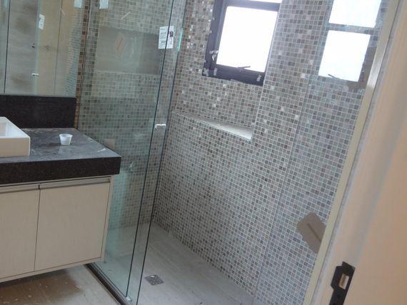 """Apartamento com 4 dormitórios para alugar, 220 m² por <span itemscope="""""""" itemtype=""""http://schema.org/TradeAction""""><span itemprop=""""price"""">R$ 4.700</span></span>/mês - <span itemprop=""""addressLocality"""">Vila Ema</span> - São José dos Campos/SP"""