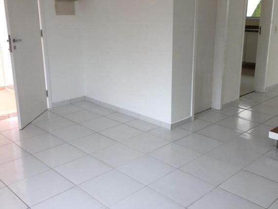 "Casa com 3 dormitórios à venda, 110 m², <span itemprop=""addressLocality"">San Lucca</span> - Cotia/SP"