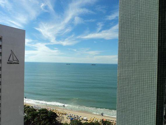 Espetacular Sala comercial com belíssima vista para o mar