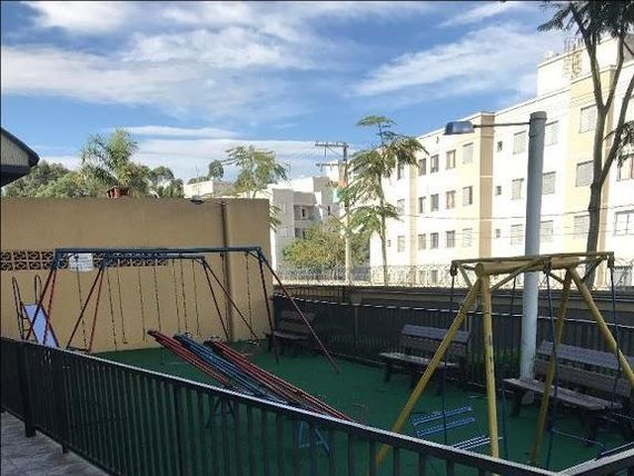 """Apartamento com 3 dormitórios à venda, 60 m² por <span itemscope="""""""" itemtype=""""http://schema.org/TradeAction""""><span itemprop=""""price"""">R$ 240.000</span></span>- <span itemprop=""""addressLocality"""">Aricanduva</span> - São Paulo/SP"""