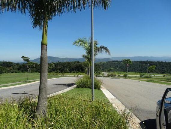 "Terreno à venda, 500 m² por <span itemscope="""" itemtype=""http://schema.org/TradeAction""><span itemprop=""price"">R$ 396.000</span></span>- Aldeia da Serra - <span itemprop=""addressLocality"">Santana de Parnaíba</span>/SP"