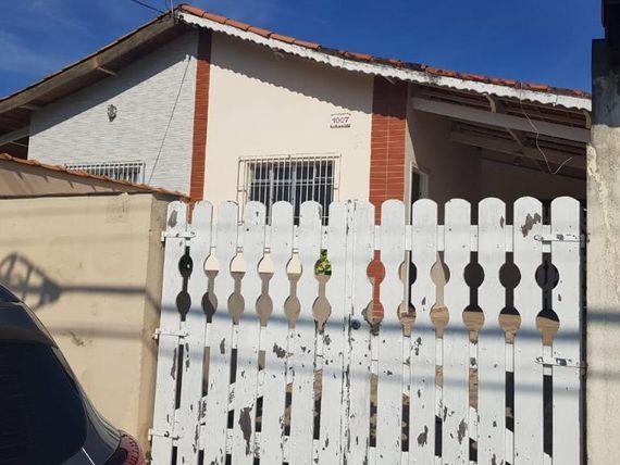 """Casa com 2 dormitórios à venda, 82 m² por <span itemscope="""""""" itemtype=""""http://schema.org/TradeAction""""><span itemprop=""""price"""">R$ 190.000</span></span>- Arpoador - <span itemprop=""""addressLocality"""">Peruíbe</span>/SP"""