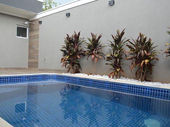 "Casa com 3 dormitórios à venda, 220 m² por <span itemscope="""" itemtype=""http://schema.org/TradeAction""><span itemprop=""price"">R$ 1.100.000</span></span>- Village La Montagne - <span itemprop=""addressLocality"">São José do Rio Preto</span>/SP"
