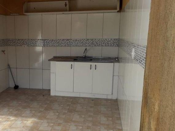 """Casa com 2 dormitórios à venda, 67 m² por <span itemscope="""""""" itemtype=""""http://schema.org/TradeAction""""><span itemprop=""""price"""">R$ 300.000</span></span>- <span itemprop=""""addressLocality"""">Outeiro de Passárgada</span> - Cotia/SP"""