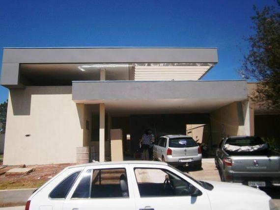 "Casa residencial à venda, Condomínio Vilage La Montagne, <span itemprop=""addressLocality"">São José do Rio Preto</span>."