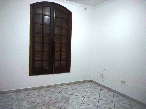 """Sobrado com 2 dormitórios à venda, 119 m² por <span itemscope="""""""" itemtype=""""http://schema.org/TradeAction""""><span itemprop=""""price"""">R$ 399.000</span></span>- Assunção - <span itemprop=""""addressLocality"""">São Bernardo do Campo</span>/SP"""