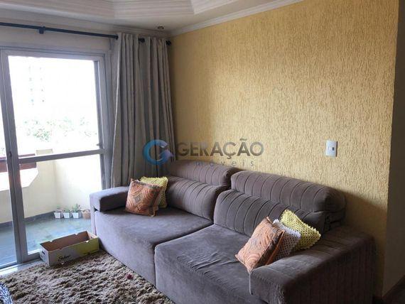"""Apartamento com 3 dormitórios à venda, 80 m² por <span itemscope="""""""" itemtype=""""http://schema.org/TradeAction""""><span itemprop=""""price"""">R$ 400.000</span></span>- <span itemprop=""""addressLocality"""">Jardim América</span> - São José dos Campos/SP"""