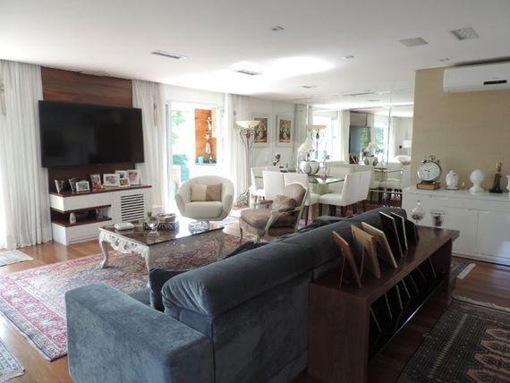 Apartamento à Venda em Indianópolis