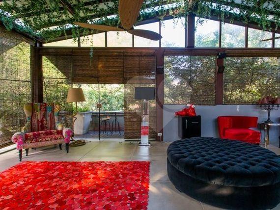 "Casa à Venda em <span itemprop=""addressLocality"">Jardim Europa</span>"