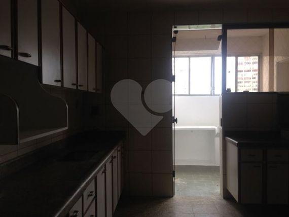 """Apartamento à Venda em <span itemprop=""""addressLocality"""">Centro</span>"""