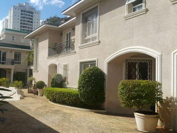 "Casa com 4 quartos, São Paulo, <span itemprop=""addressLocality"">Santo Amaro</span>, por <span itemscope="""" itemtype=""http://schema.org/TradeAction""><span itemprop=""price"">R$ 2.950.000</span></span>"