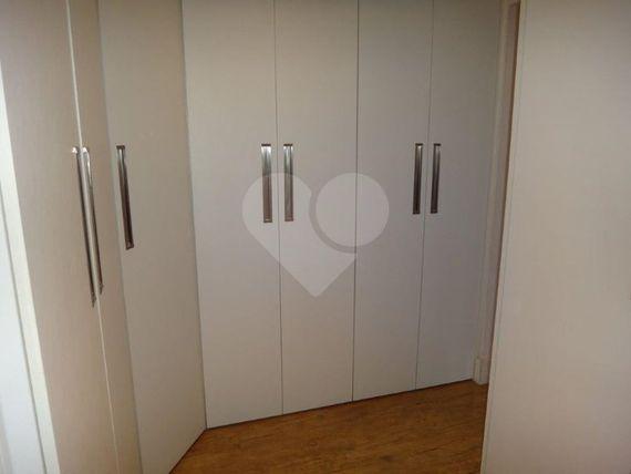 "Apartamento com 2 quartos, <span itemprop=""addressLocality"">São Paulo</span>, São Paulo, por <span itemscope="""" itemtype=""http://schema.org/TradeAction""><span itemprop=""price"">R$ 950.000</span></span>"