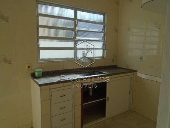 """Casa com 2 quartos e Wc empregada, São Paulo, <span itemprop=""""addressLocality"""">Cambuci</span>, por <span itemscope="""""""" itemtype=""""http://schema.org/TradeAction""""><span itemprop=""""price"""">R$ 480.000</span></span>"""