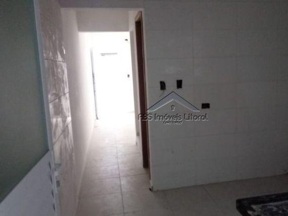 """Sobrado de condomínio no Glória em <span itemprop=""""addressLocality"""">Praia Grande</span>"""