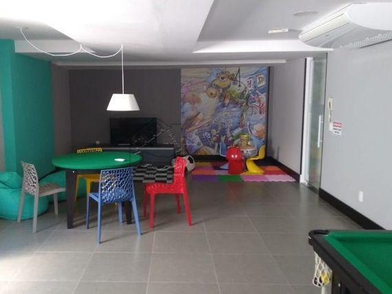Apartamento 2 dormitórios no Canto do Forte