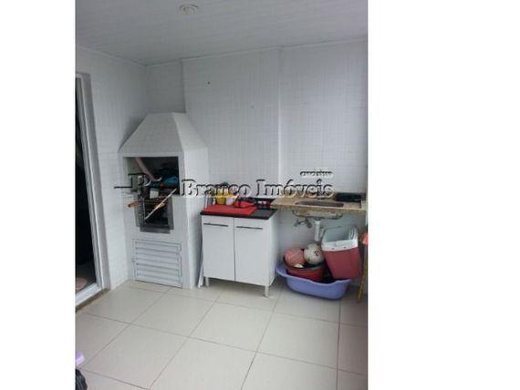 Apartamento 2 dormitórios, 2 vagas de garagem no Caiçara