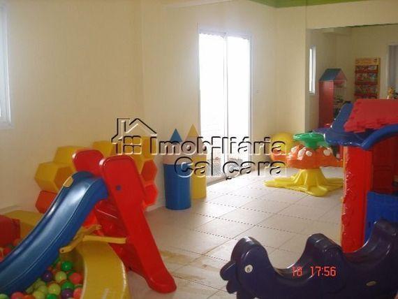 Apartamento 02 dormitórios, frente para o mar!!!