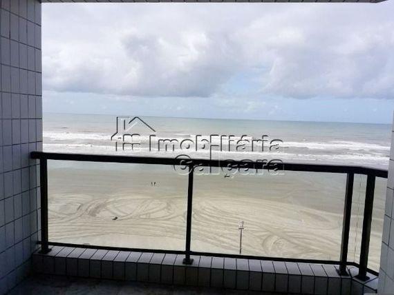 Apartamento 02 dormitórios, frente para o mar