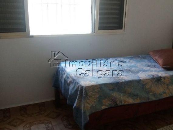 Casa 02 dormitórios, á 88 metros da praia!!!