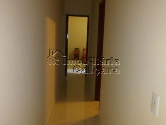 Linda casa 02 dormitórios, no Caiçara!!!