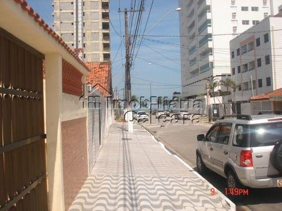 Kitnet no Balneário Maracanã!!!!!