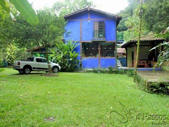 Òtima casa para venda na Estrada do Cascalho!