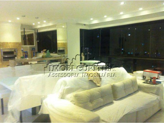 Apartamento em Camburiu