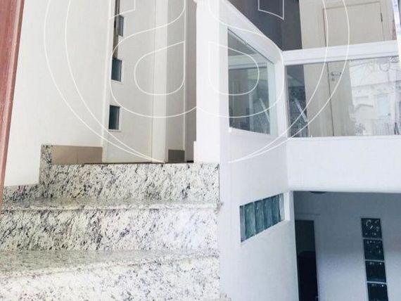 "Edifício com Piscina na <span itemprop=""streetAddress"">R Ytaipu</span>, São Paulo, <span itemprop=""addressLocality"">Mirandópolis</span>"
