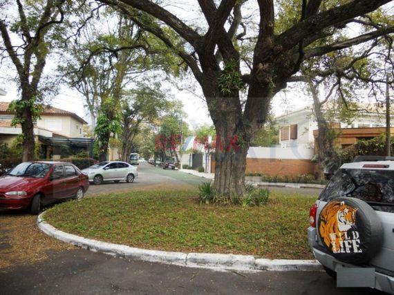 """Casa com 4 quartos e Wc empregada na <span itemprop=""""streetAddress"""">R Timor</span>, São Paulo, <span itemprop=""""addressLocality"""">Jardim Luzitânia</span>, por <span itemscope="""""""" itemtype=""""http://schema.org/TradeAction""""><span itemprop=""""price"""">R$ 8.000.000</span></span>"""