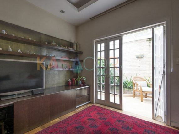 "Casa com 4 quartos e Aceita negociacao na <span itemprop=""streetAddress"">R Coronel Irlandino Sandoval</span>, São Paulo, <span itemprop=""addressLocality"">Jardim Paulistano</span>"