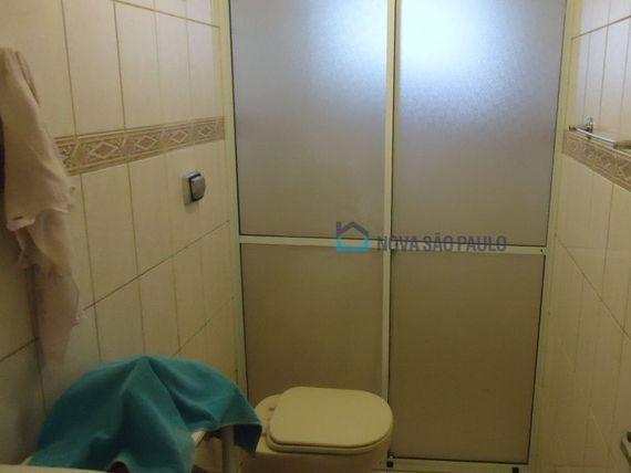 """Apartamento com 2 quartos e Armario cozinha na <span itemprop=""""streetAddress"""">R Gama Lobo</span>, São Paulo, <span itemprop=""""addressLocality"""">Vila Dom Pedro I</span>"""