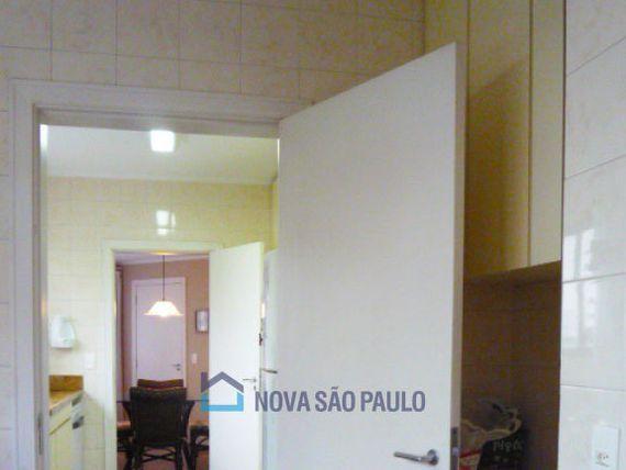 """Apartamento com 4 quartos e Sauna na <span itemprop=""""streetAddress"""">Al Dos Tupiniquins</span>, São Paulo, <span itemprop=""""addressLocality"""">Moema</span>"""