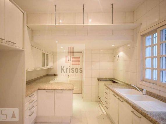 """Casa com 4 quartos e 4 Salas na <span itemprop=""""streetAddress"""">R Tiapira</span>, São Paulo, <span itemprop=""""addressLocality"""">Instituto de Previdência</span>"""