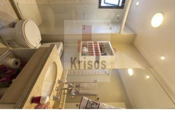 Apartamento com 2 suites, 2 vagas localização privilegiada