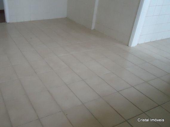 """Apartamento com 2 quartos e Playground na <span itemprop=""""streetAddress"""">Avenida Flora</span>, São Paulo, <span itemprop=""""addressLocality"""">Osasco</span>, por <span itemscope="""""""" itemtype=""""http://schema.org/TradeAction""""><span itemprop=""""price"""">R$ 1.100</span></span>"""