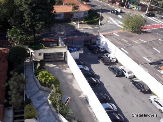 """Apartamento com 3 quartos e Piscina na <span itemprop=""""streetAddress"""">Rua Gaspar Moreira</span>, São Paulo, <span itemprop=""""addressLocality"""">Butantã</span>, por <span itemscope="""""""" itemtype=""""http://schema.org/TradeAction""""><span itemprop=""""price"""">R$ 1.700.000</span></span>"""