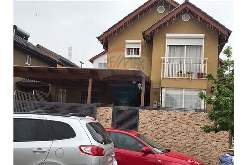 "Casa 100m², Cordillera, <span itemprop=""addressLocality"">Puente Alto</span>, por <span itemscope="""" itemtype=""http://schema.org/TradeAction""><span itemprop=""price"">$ 125.000.000</span></span>"