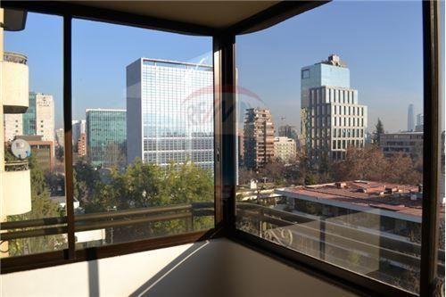 "Departamento 300m², Santiago, <span itemprop=""addressLocality"">Vitacura</span>, por <span itemscope="""" itemtype=""http://schema.org/TradeAction""><span itemprop=""price"">$ 2.000.000</span></span>"