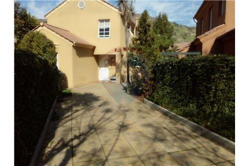 "Casa 110m², Santiago, <span itemprop=""addressLocality"">Quilicura</span>, por <span itemscope="""" itemtype=""http://schema.org/TradeAction""><span itemprop=""price"">$ 131.690.000</span></span>"