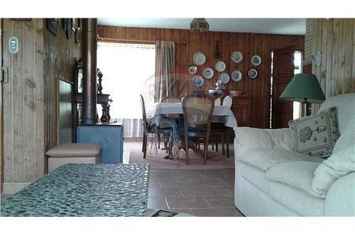 """Casa 109m², Región de la Araucanía, <span itemprop=""""addressLocality"""">Pucón</span>, por <span itemscope="""""""" itemtype=""""http://schema.org/TradeAction""""><span itemprop=""""price"""">$ 120.000</span></span>"""