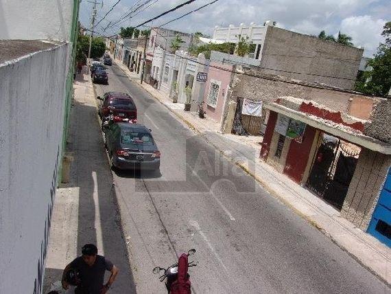 """Renta de edificio comercial en <span itemprop=""""addressLocality"""">Mérida</span> Yucatán, Centro. Con amplio estacionamiento."""